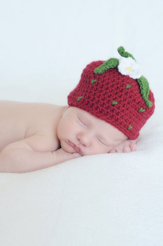 Crochet Strawberry Hat - Girls Red Strawberry Beanie - Newborn Photo Prop - Baby Strawberry - Girl Baby Shower Gift - Summer Hat - Child Hat