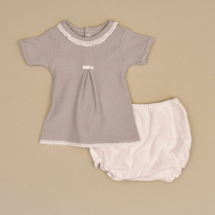 100% Cotton Gray Baby Short Sleeve Top With White Lace and White Bloomers