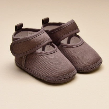 Infant Classic Gray Crib Shoes