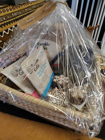 Global Gallery Gift Basket 1