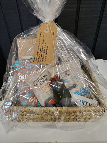 Global Gallery Gift Basket 2