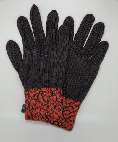 Alpaca Gloves with Patterned Cuff