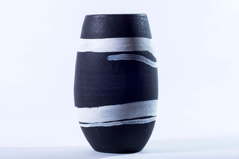 Matamiss black and white vase