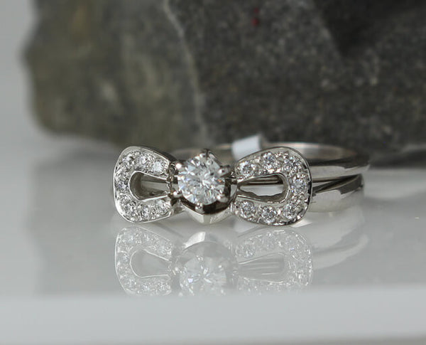 Double Horseshoe Engagement and wedding ring set by Lesley Rand Bennett