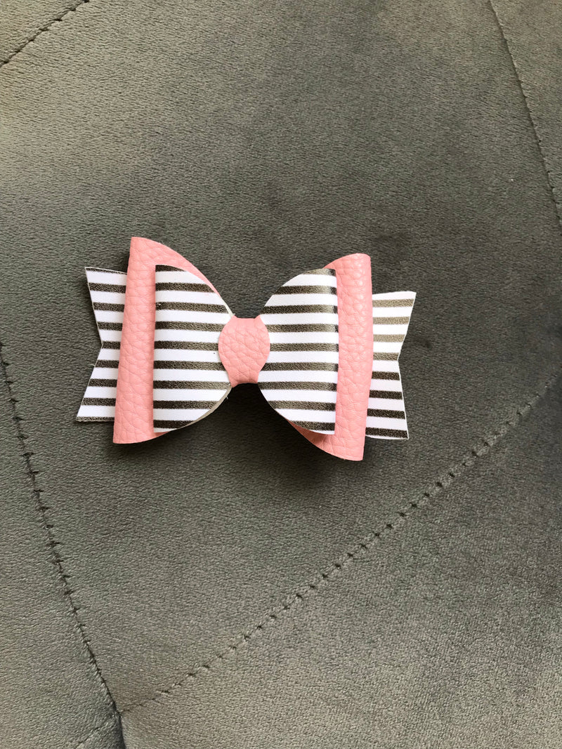 Small Pink White/Gray Stripe Bow