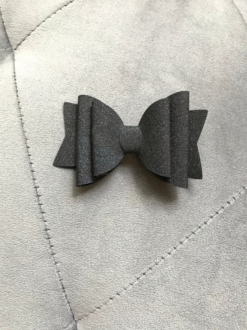 Small Black Shimmer Pool Bow