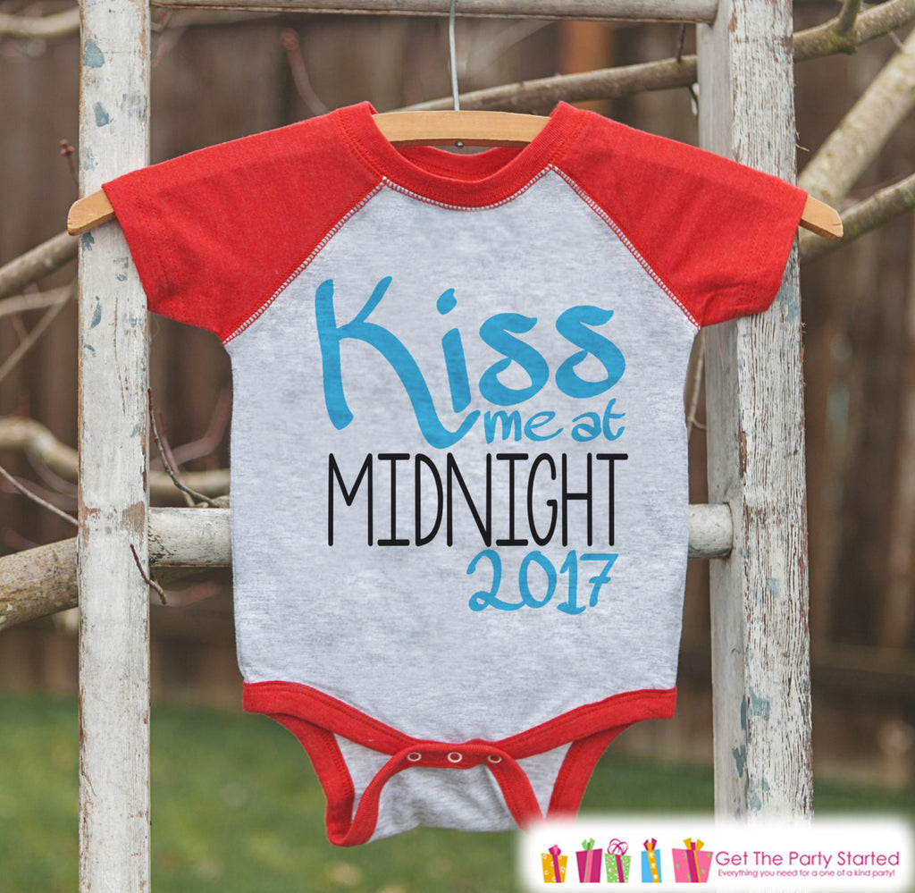 Kiss Me At Midnight - New Years 2017 - New Years Eve Onepiece or Shirt - 1st New Year Outfit for Baby Boys - Red Baseball Tee - Red Raglan - Get The Party Started
