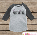 Kiss Me At Midnight - 2017 New Years - 1st New Years Eve Onepiece or Shirt - New Year Outfit for Baby - Grey Baseball Tee - Grey Raglan - Get The Party Started