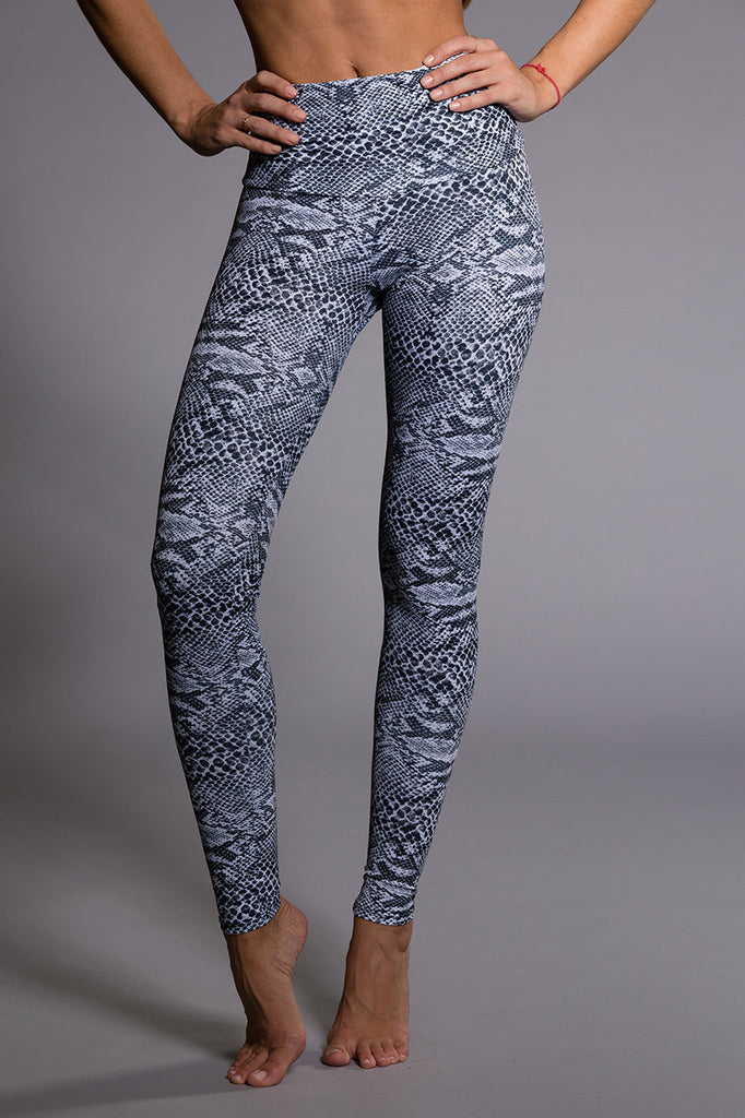 High Rise Legging - Nocturnal by Onzie Flow, Onzie - Pronounce Activewear