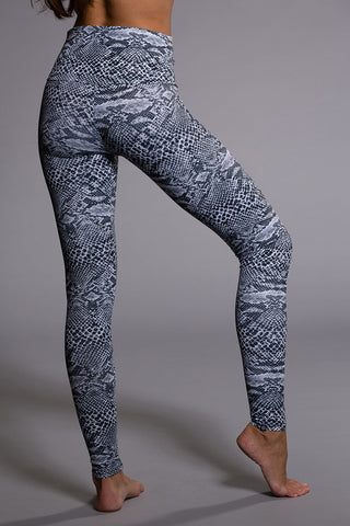 Onzie's Fancy - Graphic Legging