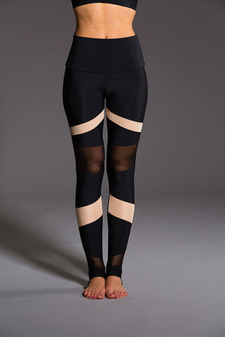 Teeki Reflection Hot Pant