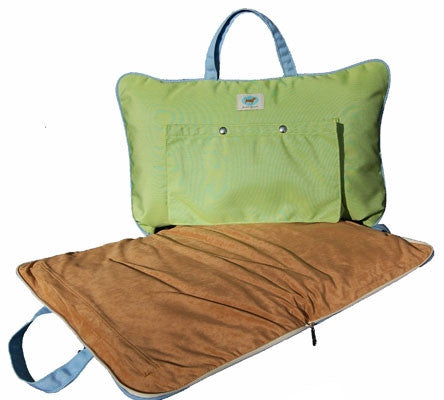 "Jennifer Brooks LLC ""Zip Tote"" Portable Dog Bed in Color Parrot Green - Daisey's Doggie Chic - 1"