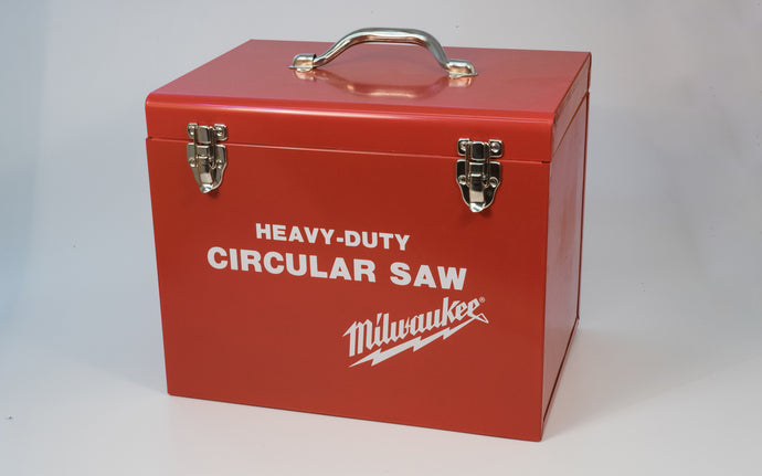 Milwaukee Heavy-Duty Circular Saw Metal Box