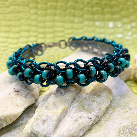Abhainn Family - Rivulet Beaded Bracelet Kit with Video Instruction