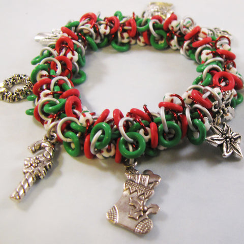 Shaggy Loop Holiday Charm Bracelet Kit