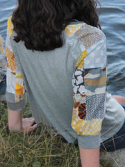 "MOVING: ""Sunny"" 3/4 Sleeve Signature Top, S"