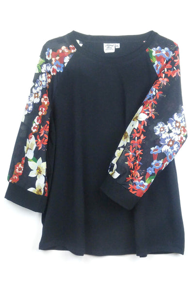 """Lei"" 3/4 sleeve top"