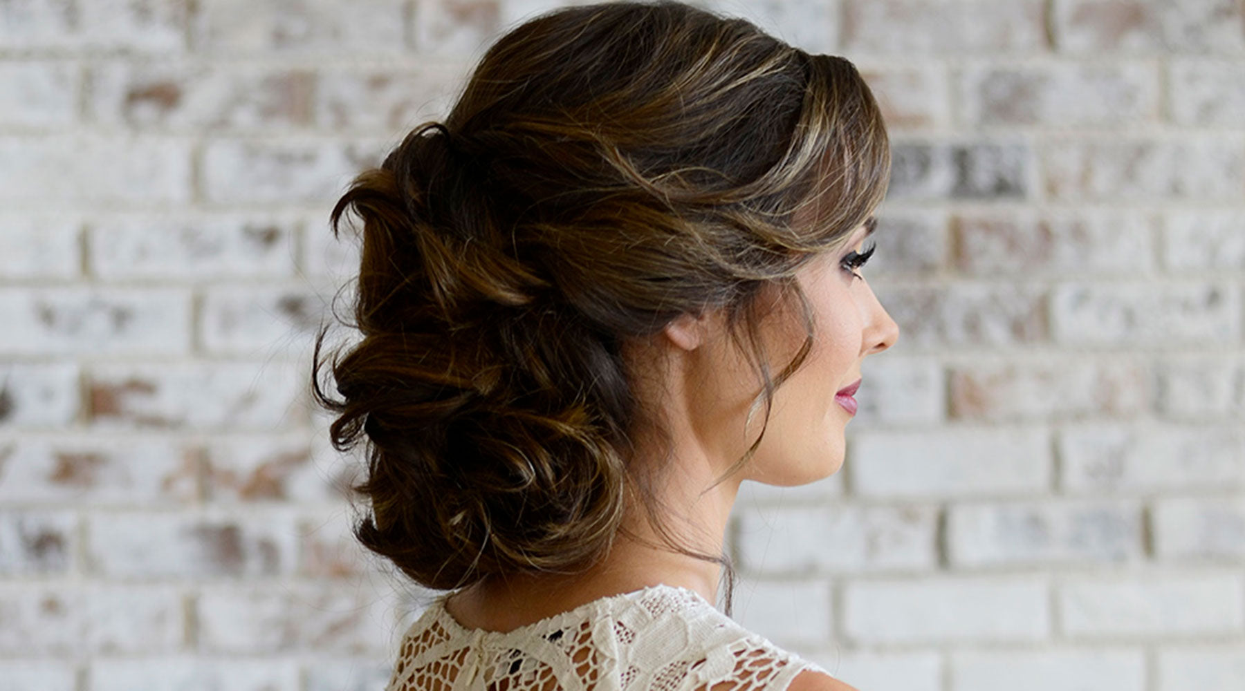 Easy, Elegant Wedding Hairstyles to Leave You Inspired