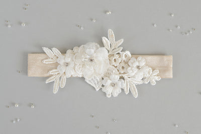ARIA |  Ivory Wedding Garter