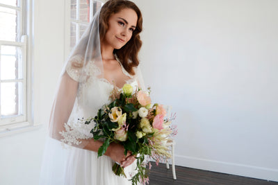 MARIEL | One Tier Veil with Lace Appliques