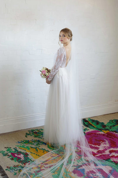 SYBIL | One Tier Veil in Cathedral Length