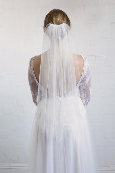SYBIL | One Tier Veil in Elbow Length