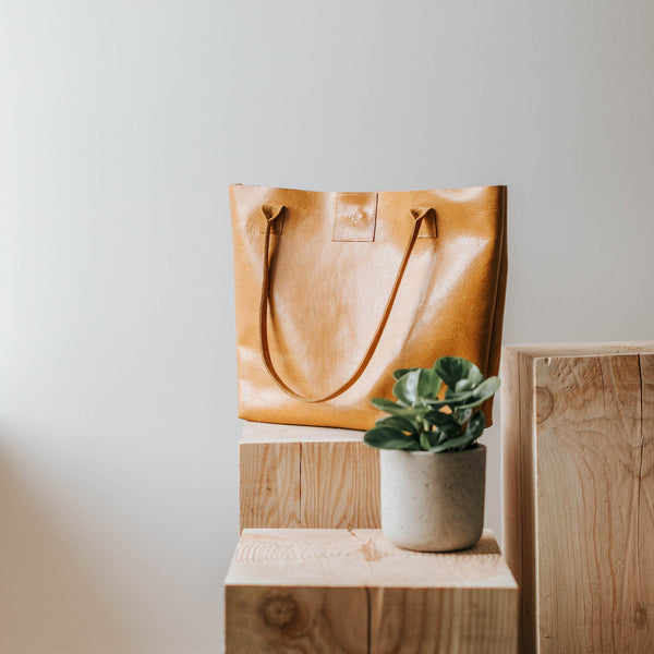 Carrington Tote Caramel