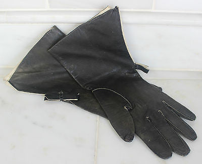 Vintage Pair of Women's Black Leather Driving Gloves Made in France Gant Chant