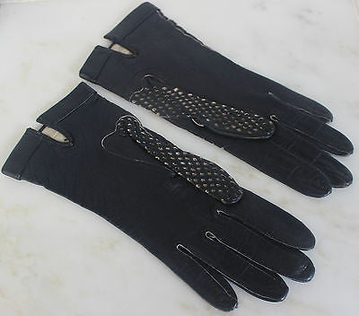 Vintage Pair of Women's Navy Blue Leather Gloves