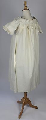 Museum Deaccession Lovely Early Antique White Cotton Chemise
