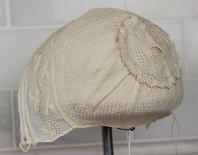 Lovely  Museum Deaccession Early Antique White Cotton Embroidered Baby's Cap