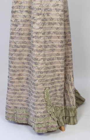 Antique Dress Lovely Silk Dress from the Turn of the Century
