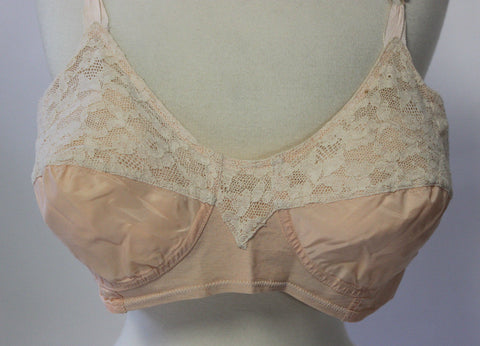 Vintage Bra in Pink and Cream Lace by Kleinerts Bra Form Original Vintage