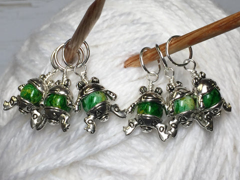 6 Little Green Frogs Stitch Markers & Optional Holder Clip , stitch markers - Jill's Beaded Knit Bits, Jill's Beaded Knit Bits  - 8