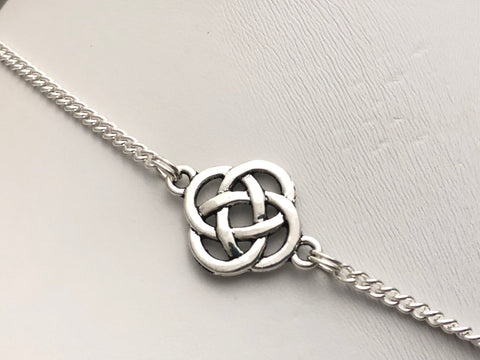 Celtic Knot Stitch Marker Necklace | Portuguese Knitting Yarn Holder