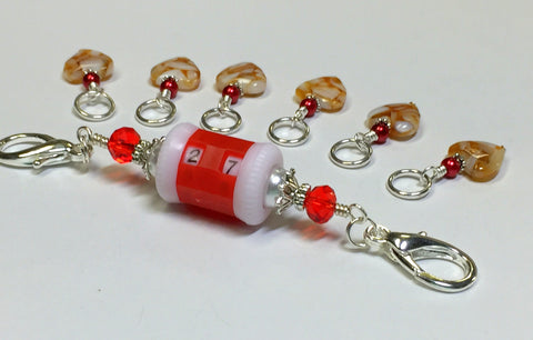 Red Row Counter Lanyard & Amber Heart Stitch Markers , Stitch Markers - Jill's Beaded Knit Bits, Jill's Beaded Knit Bits  - 2