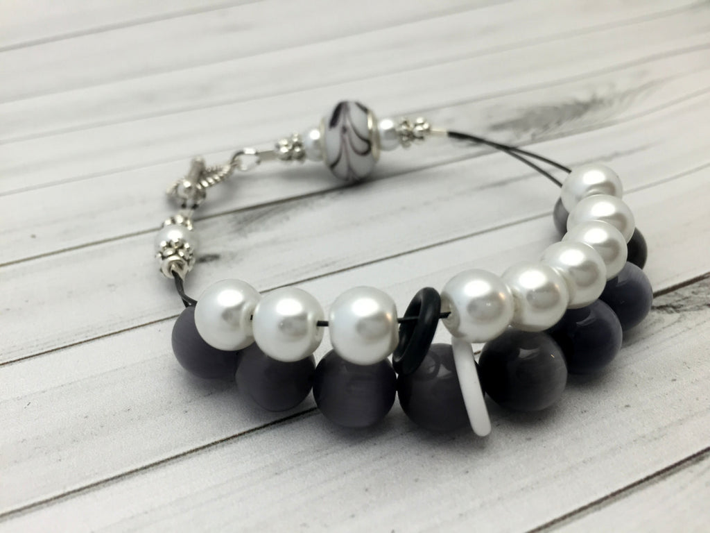 Black & White Abacus Knitting Row Counter Bracelet , Jewelry - Jill's Beaded Knit Bits, Jill's Beaded Knit Bits  - 1