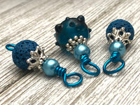 Aqua Blue Wire Snag Free Stitch Markers | Gifts for Knitters | US3-US15