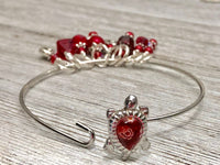 Red Turtle Stitch Marker Bracelet | Gifts for Knitters