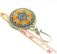 Amber Medallion Magnetic Portuguese Knitting Pin