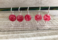 Red Mottled Double Duty Stitch Marker Set | Gift for Knitters | 2 Needle Sizes in 1 Marker |