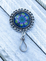 Flower Portuguese Knitting Pin with Matching Stitch Markers, Magnetic