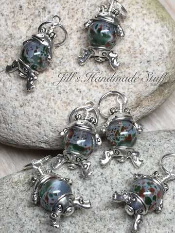 Cute Frog Stitch Markers- 6 Snag Free Green & Brown Beaded Knitting Markers- Gifts for Knitters- Tools- Supplies- Crochet Markers ,  - Jill's Beaded Knit Bits, Jill's Beaded Knit Bits  - 3