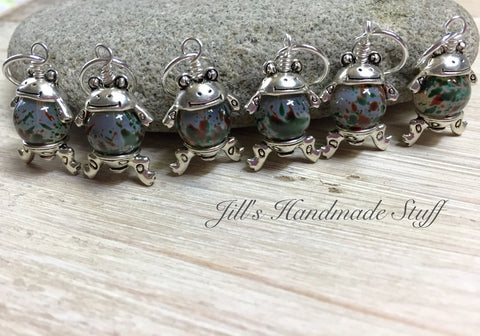 Cute Frog Stitch Markers- 6 Snag Free Green & Brown Beaded Knitting Markers- Gifts for Knitters- Tools- Supplies- Crochet Markers ,  - Jill's Beaded Knit Bits, Jill's Beaded Knit Bits  - 1