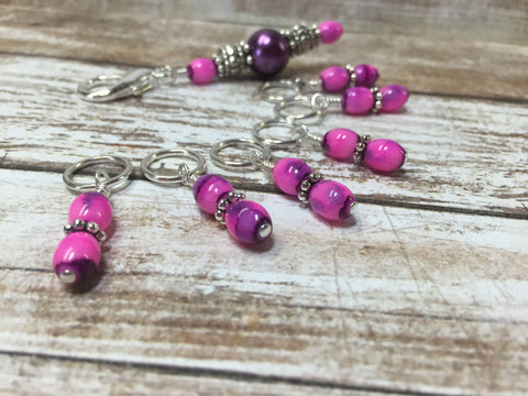 Pink-Purple Stitch Marker Holder with Snag Free Stitch Markers , Stitch Markers - Jill's Beaded Knit Bits, Jill's Beaded Knit Bits  - 3