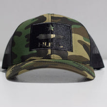"Load image into Gallery viewer, ""Cannon HUSL"" Trucker Snapback (Camo/Black)"