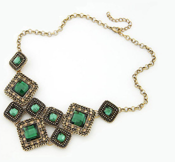 Trendy Rhinestone necklace - E-Modesta