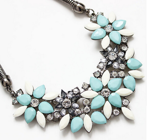 Flower Short Necklace