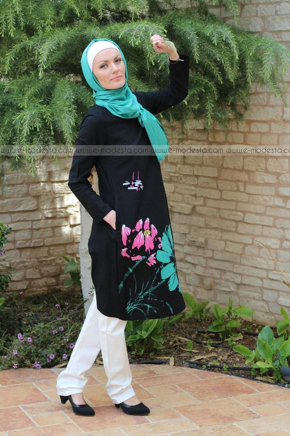 Simple Tunic with Big Side Flower - E-Modesta
