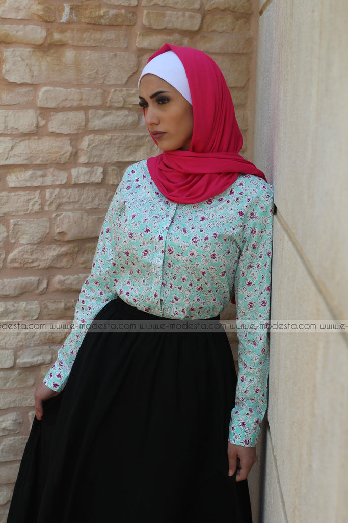 Blue Shirt with Pink Roses - E-Modesta